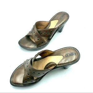 """Born 3.5"""" Heeled Brown Leather Sandals, Size 7"""